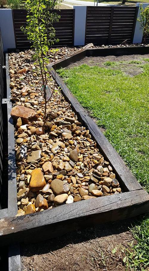 10 ways to use railway sleepers in your garden donnellys garden supplies. Black Bedroom Furniture Sets. Home Design Ideas
